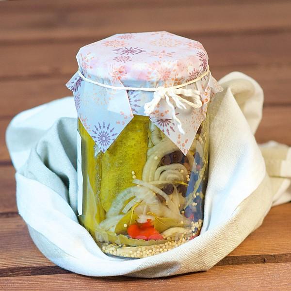 Einlegegurken im Glas